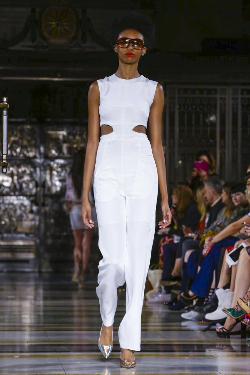 Felder Felder Fashion Show Ready to Wear Collection Spring Summer 2016 in London