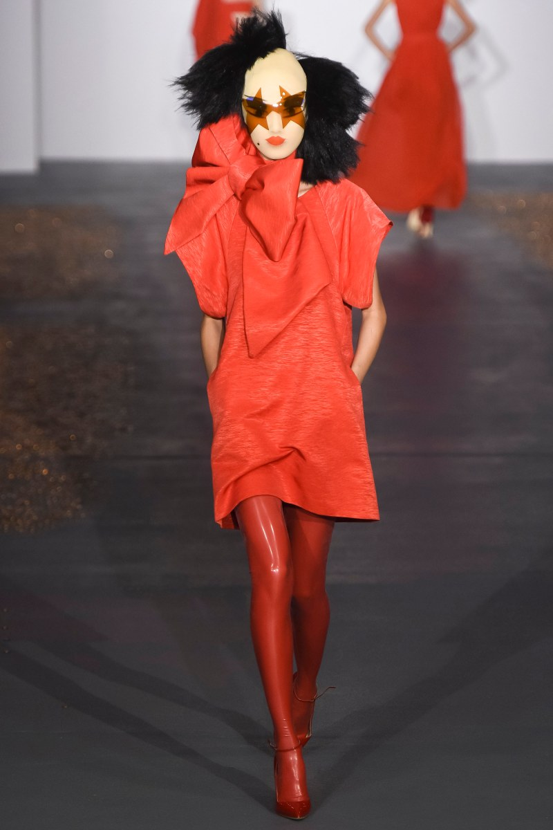 Gareth Pugh Ready To Wear SS 2016 LFW (10)