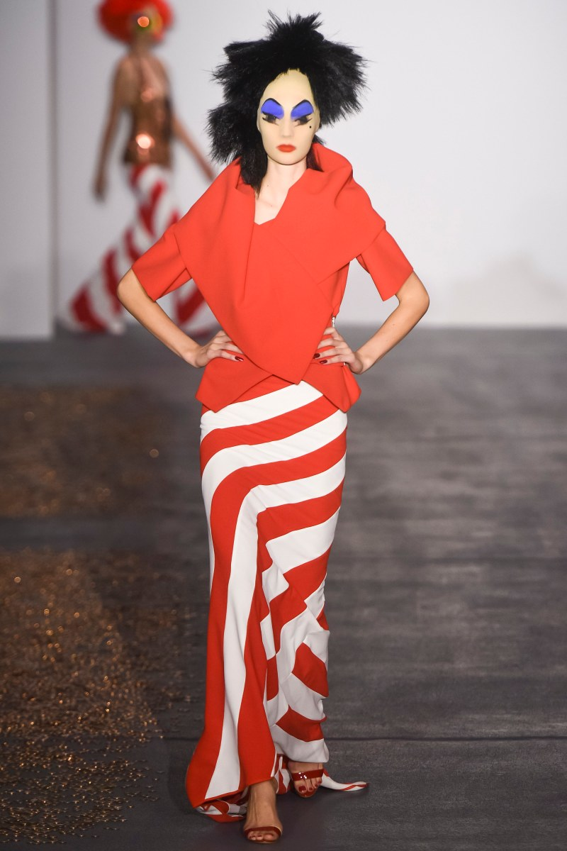 Gareth Pugh Ready To Wear SS 2016 LFW (4)