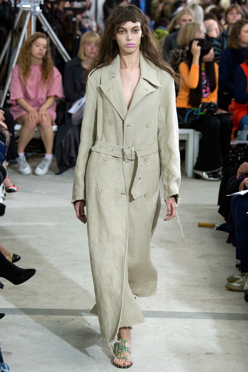 Marques'Almeida Ready To Wear SS 2016 LFW (21)