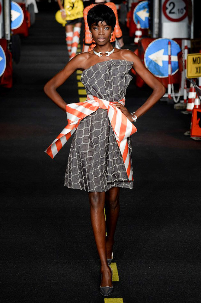 Moschino Ready To Wear SS 2016 MFW (25)