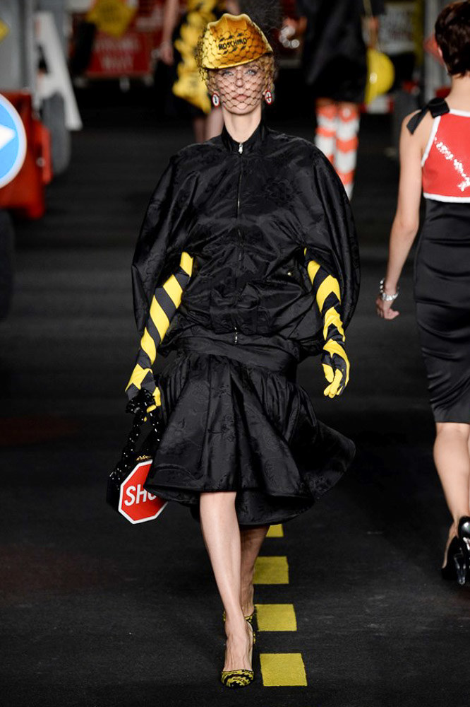 Moschino Ready To Wear SS 2016 MFW (28)