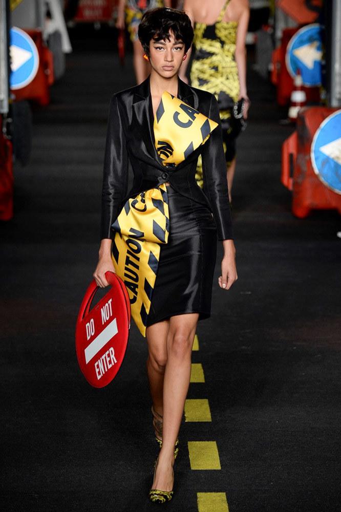 Moschino Ready To Wear SS 2016 MFW (31)