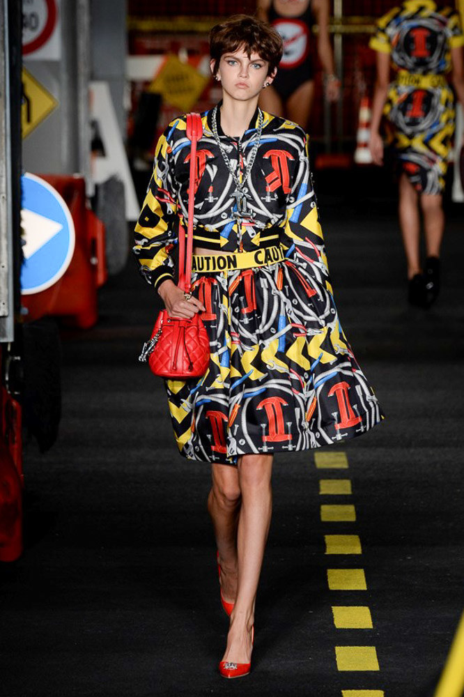 Moschino Ready To Wear SS 2016 MFW (34)