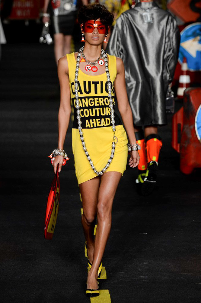 Moschino Ready To Wear SS 2016 MFW (42)