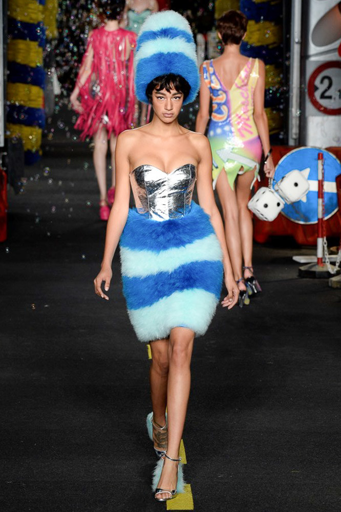 Moschino Ready To Wear SS 2016 MFW (60)