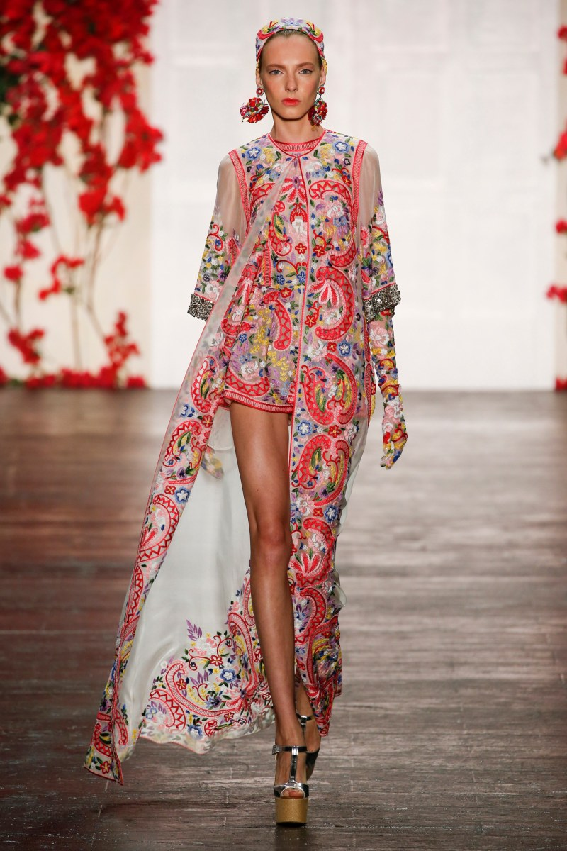 Naeem Khan Ready To Wear SS 2016 NYFW (1)