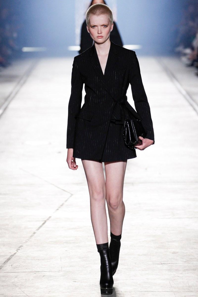 Versace Ready To Wear SS 2016 MFW (24)