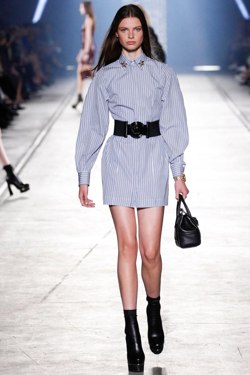 Versace Ready To Wear SS 2016 MFW (27)
