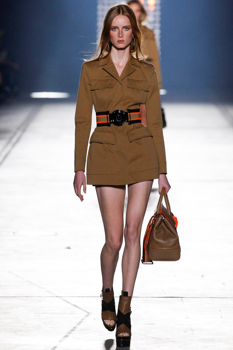 Versace Ready To Wear SS 2016 MFW (3)