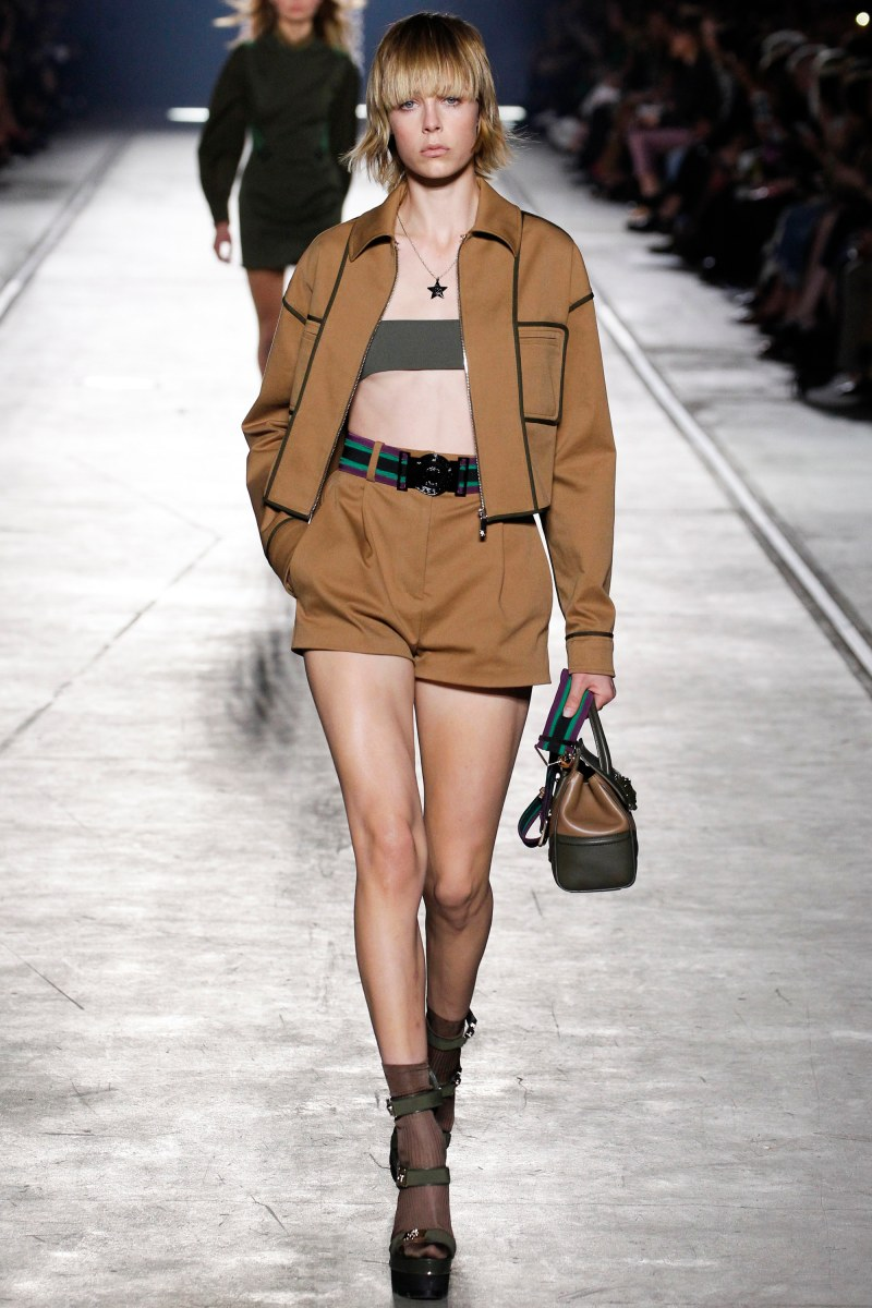 Versace Ready To Wear SS 2016 MFW (5)