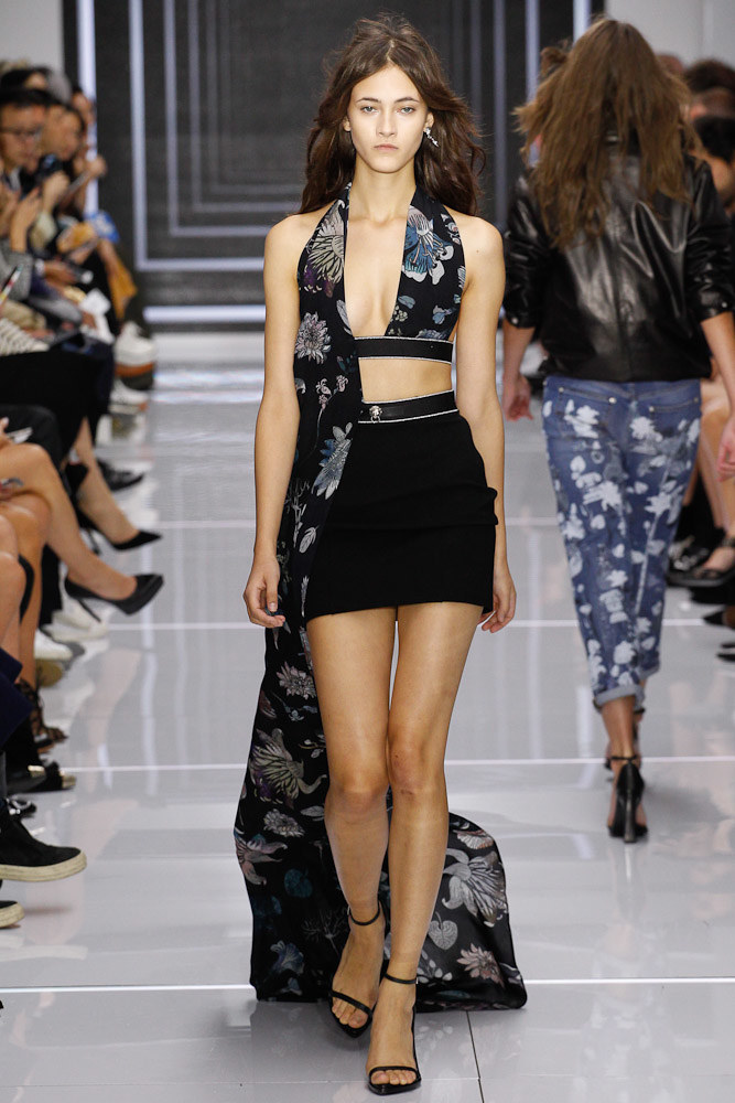 Versus Versace Ready To Wear SS 2016 LFW (42)