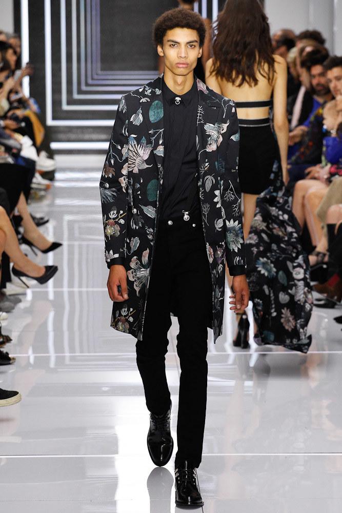 Versus Versace Ready To Wear SS 2016 LFW (46)