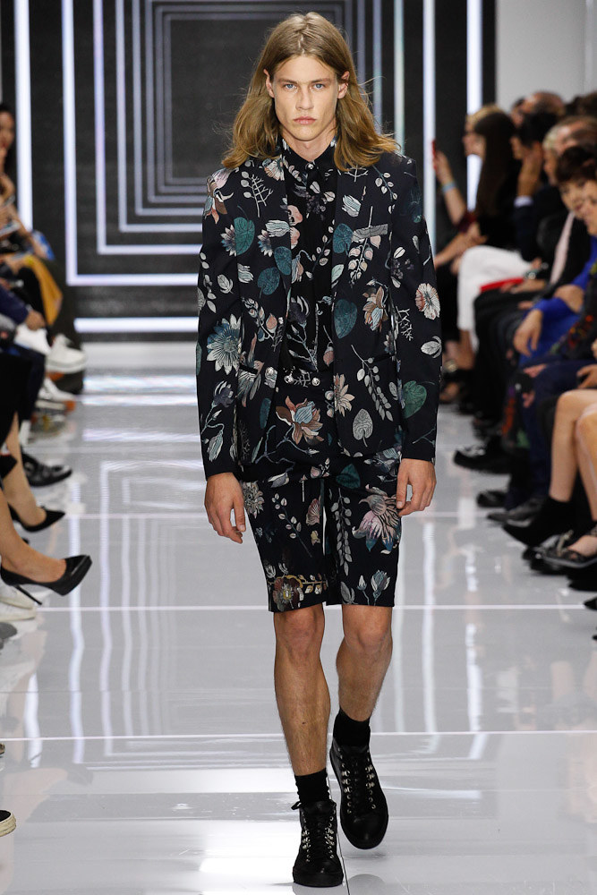 Versus Versace Ready To Wear SS 2016 LFW (47)