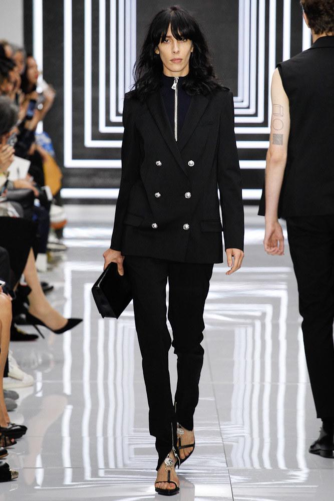 Versus Versace Ready To Wear SS 2016 LFW (9)