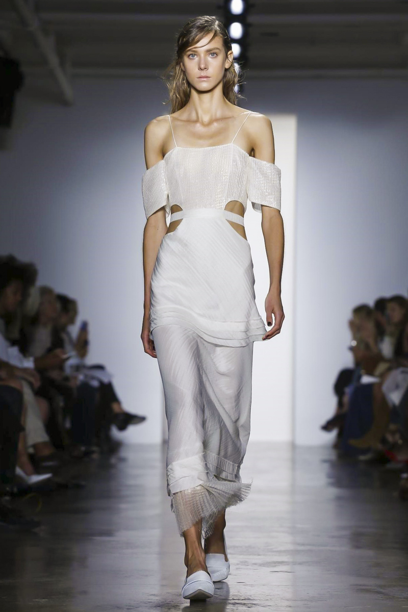 Wes Gordon Fashion Show Ready to Wear Collection Spring Summer 2016 in New York
