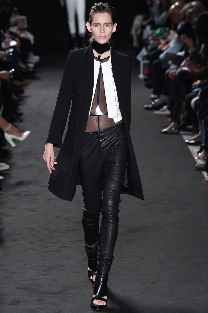 Ann Demeulemeester Ready To Wear SS 2016 PFW (2)