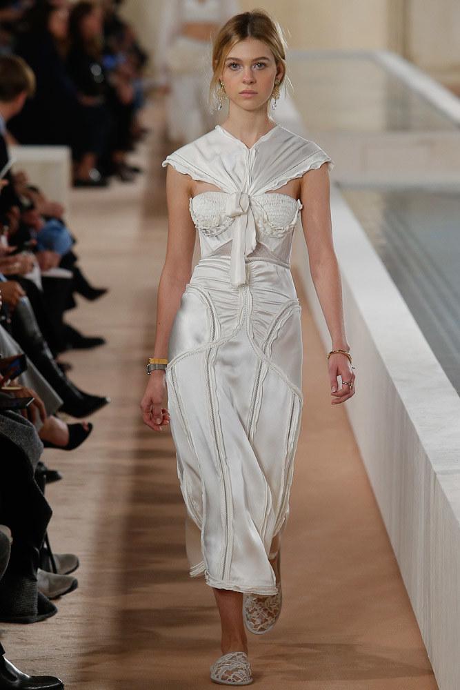 Balenciaga Ready To Wear SS 2016 PFW (3)