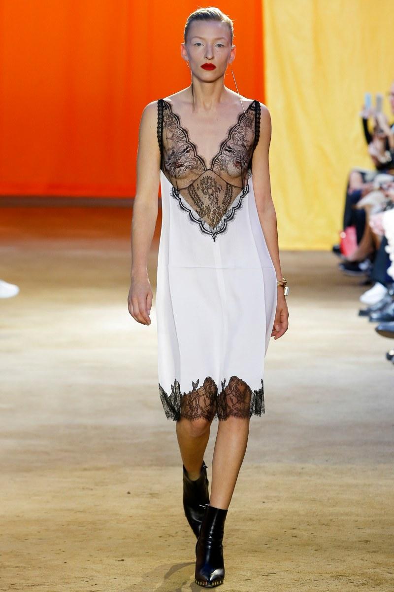 Céline Ready To Wear SS 2016 PFW (1)