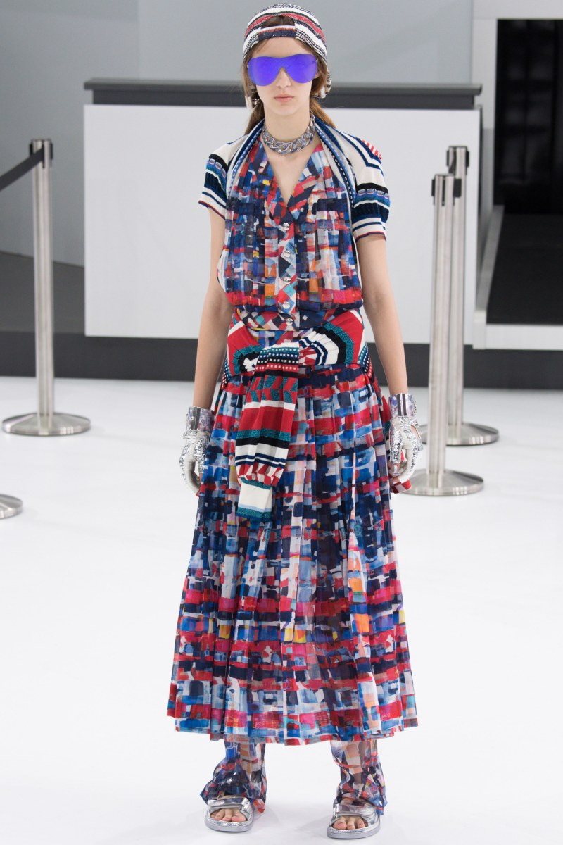 Chanel Ready To Wear SS 2016 PFW (28)