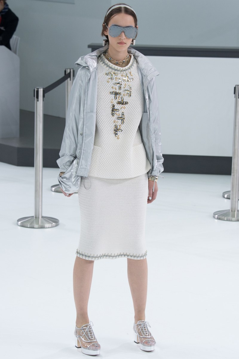 Chanel Ready To Wear SS 2016 PFW (69)