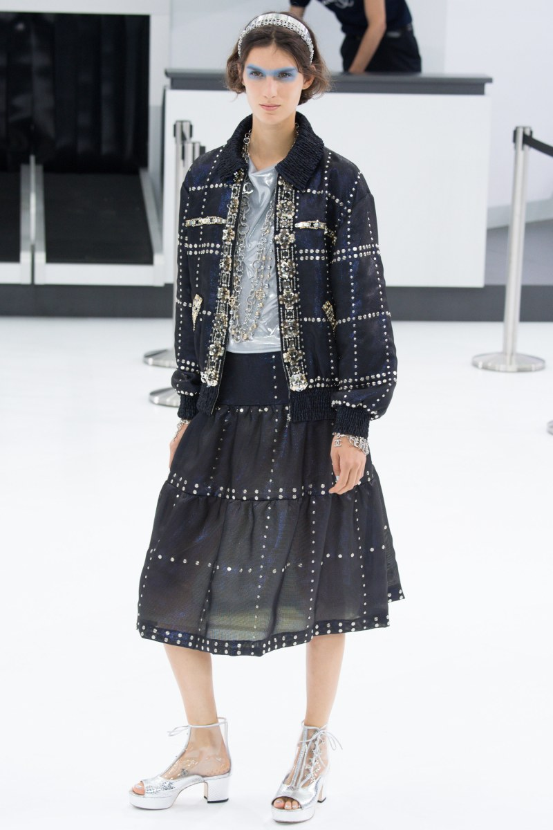 Chanel Ready To Wear SS 2016 PFW (73)