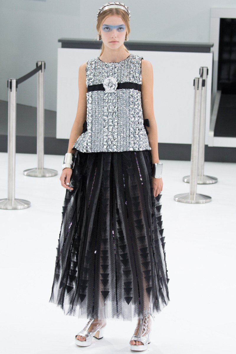 Chanel Ready To Wear SS 2016 PFW (94)