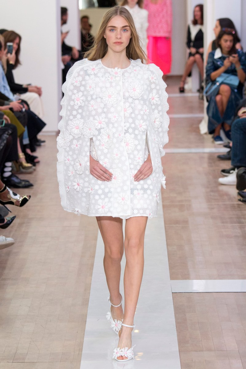 Emanuel Ungaro Ready To Wear SS 2016 PFW (29)