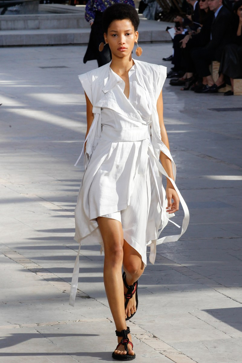 Isabel Marant Ready To Wear SS 2016 PFW (5)
