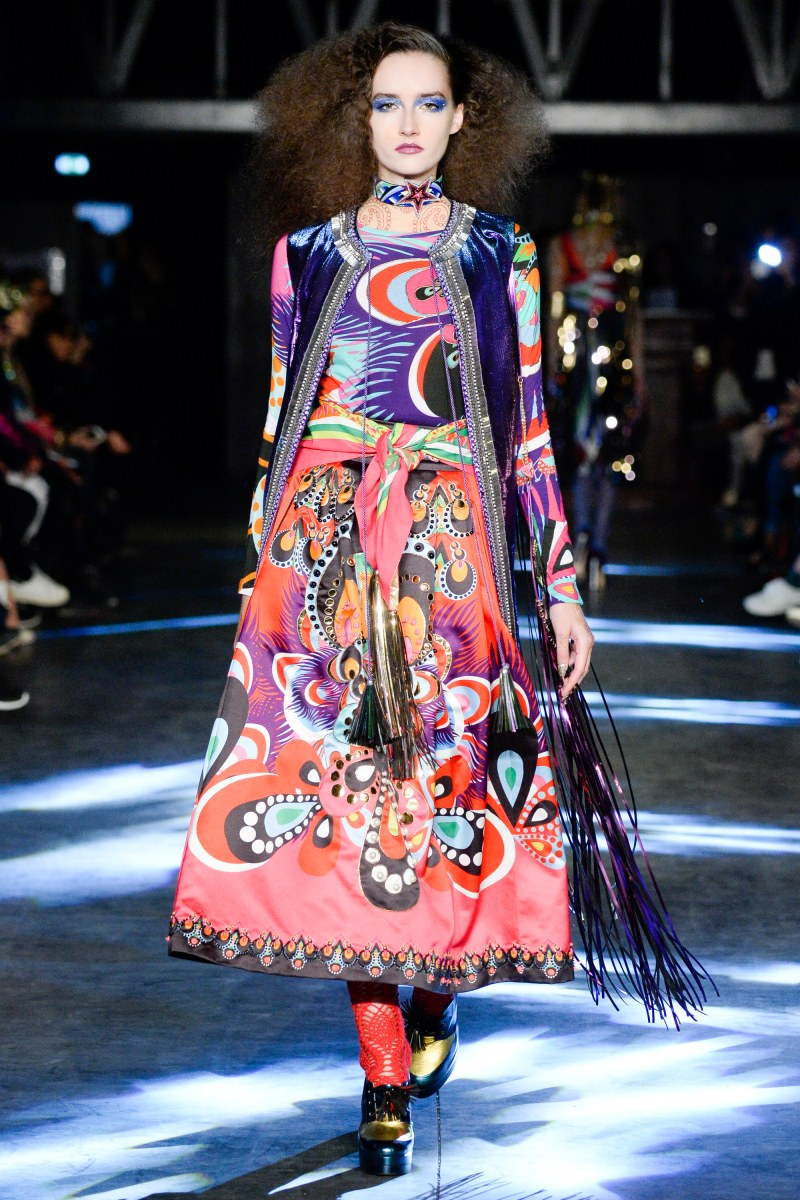 Manish Arora Ready To Wear SS 2016 PFW (40)