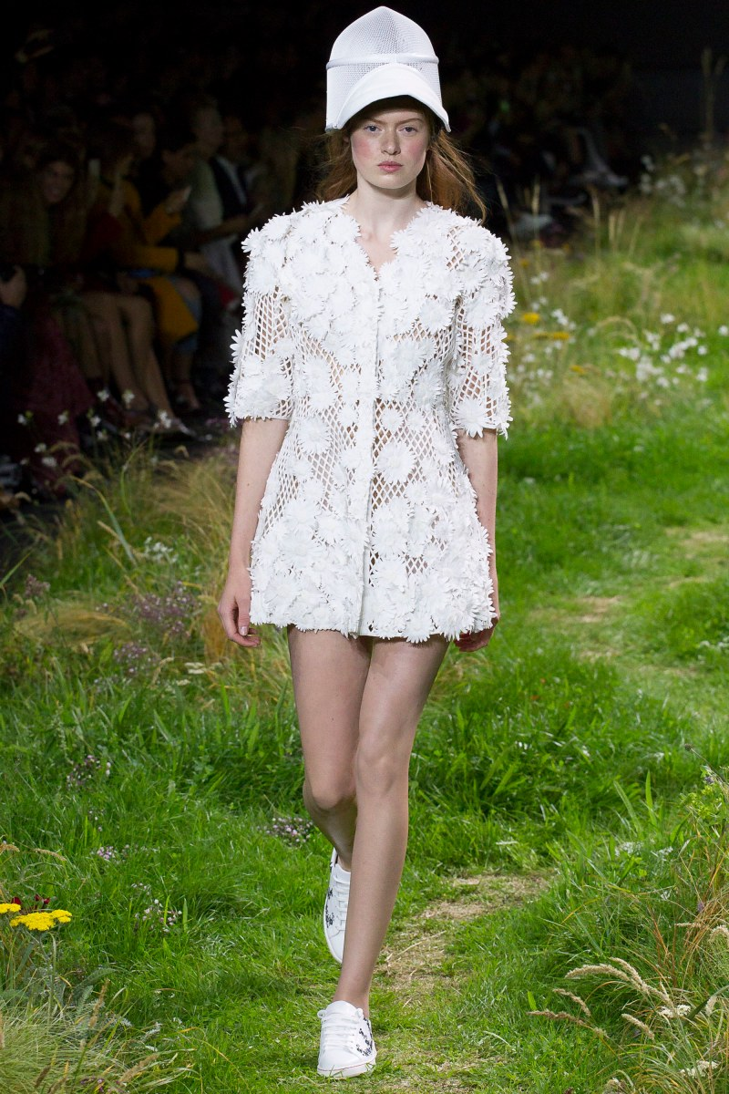 Moncler Gamme Rouge Ready To Wear SS 2016 PFW (11)