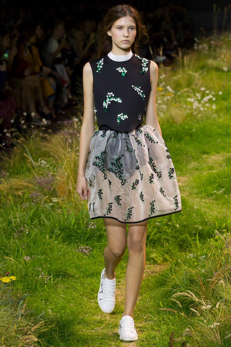 Moncler Gamme Rouge Ready To Wear SS 2016 PFW (29)