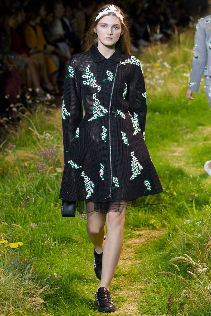 Moncler Gamme Rouge Ready To Wear SS 2016 PFW (31)