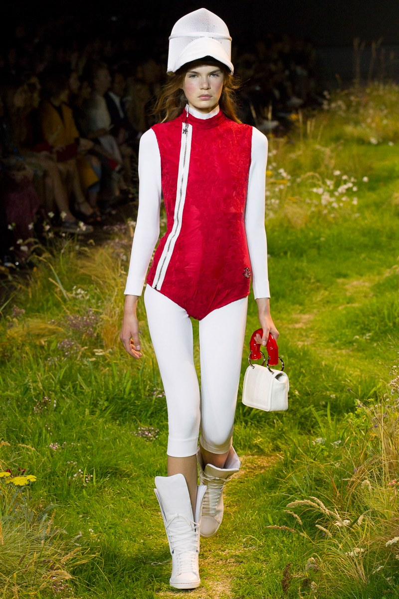 Moncler Gamme Rouge Ready To Wear SS 2016 PFW (35)