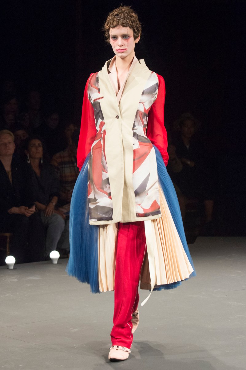 Undercover Ready To Wear SS 2016 PFW (36)