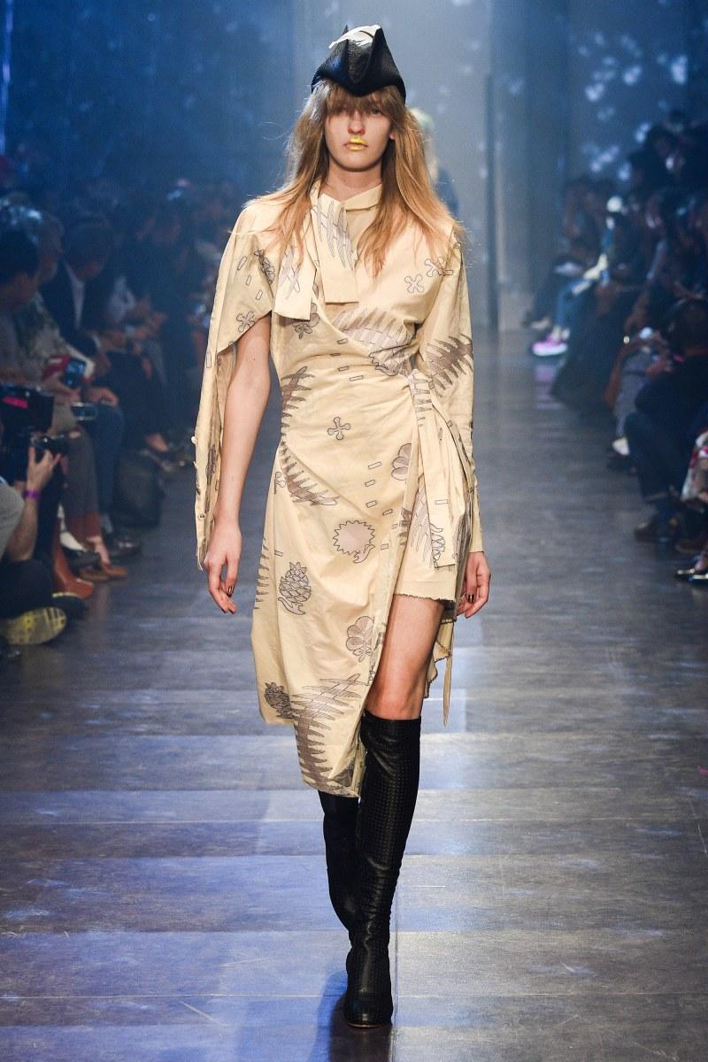 Vivienne Westwood Ready To Wear SS 2016 PFW (24)