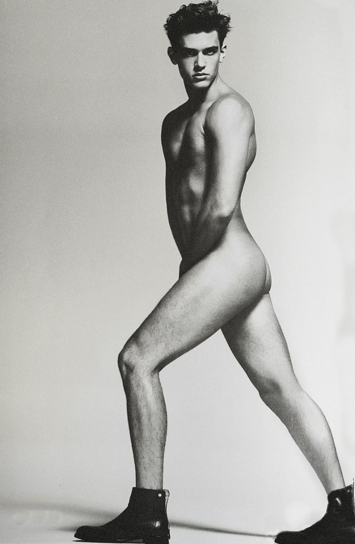 Xavier Serrano by Hong Jang Hyun (1)
