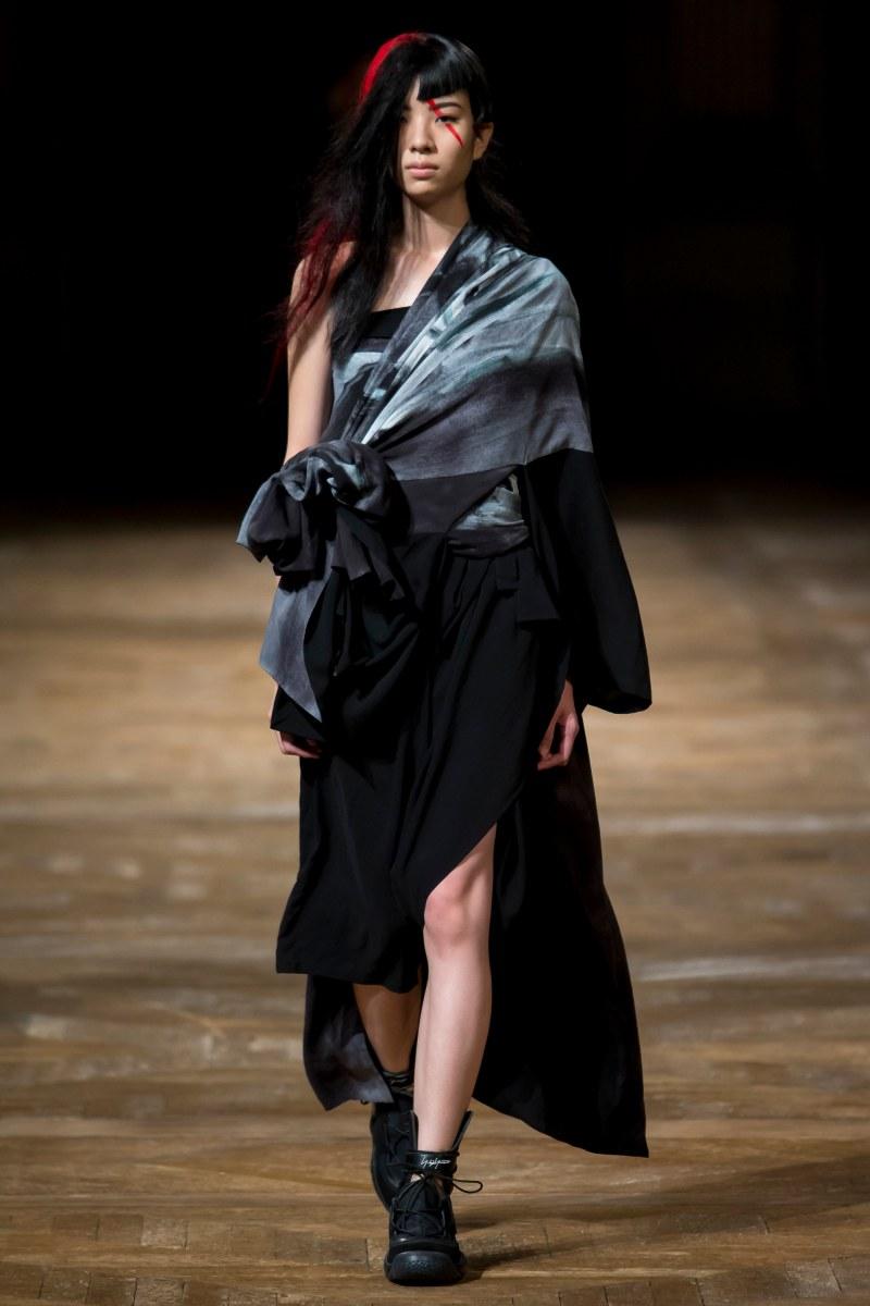 Yohji Yamamoto Ready To Wear SS 2016 PFW (15)