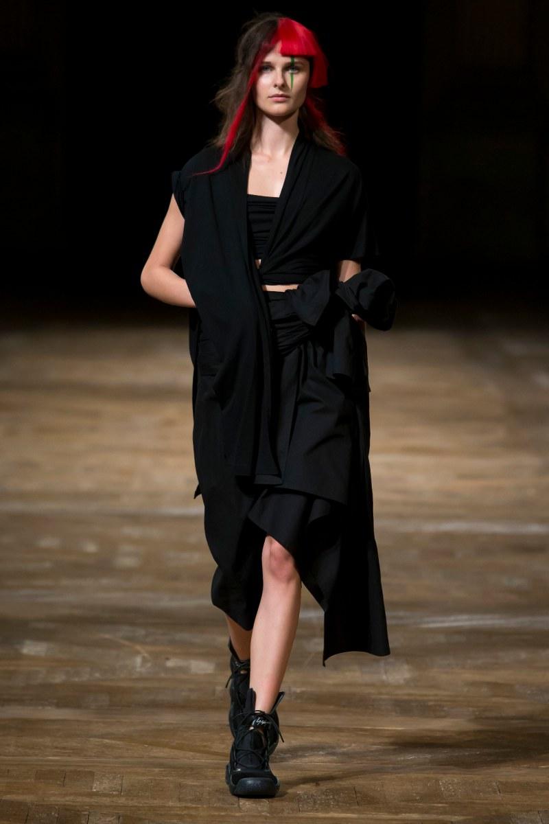 Yohji Yamamoto Ready To Wear SS 2016 PFW (3)