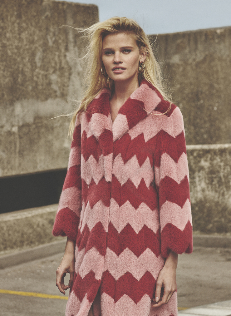 lara-stone-by-emma-tempest-for-russh-magazine-66-octobernovember-2015-9