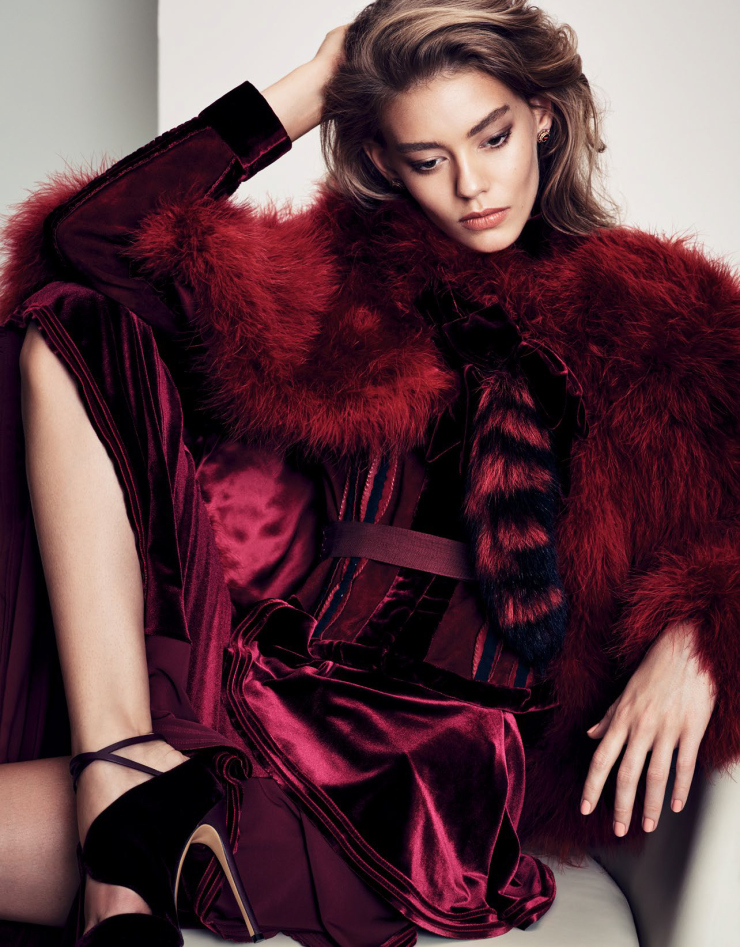 ondria-hardin-by-nathaniel-goldberg-for-vogue-china-december-2015-8