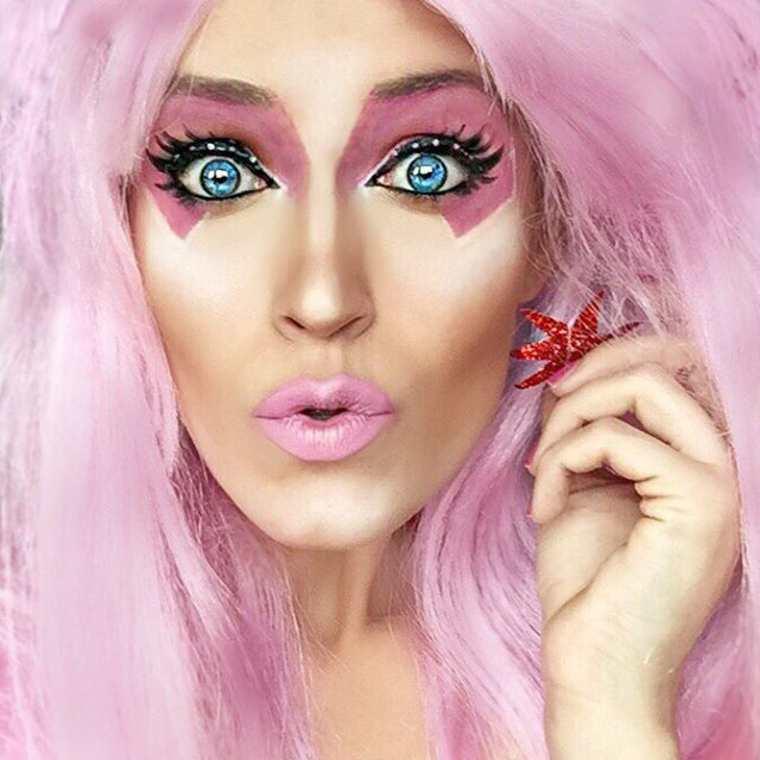 Extreme Pop Culture Makeup (11)