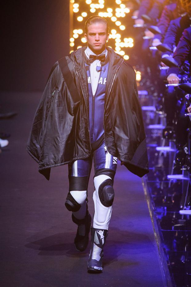 dirk-bikkembergs-autumn-fall-winter-2016-mfw37