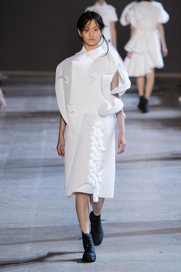 viktorrolf-haute-couture-spring-2016-pfw6