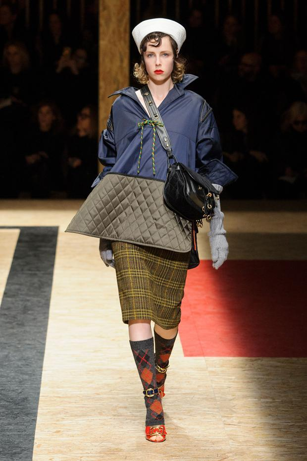 Prada Autumn Ready to Wear FW 2016 MFW (24)