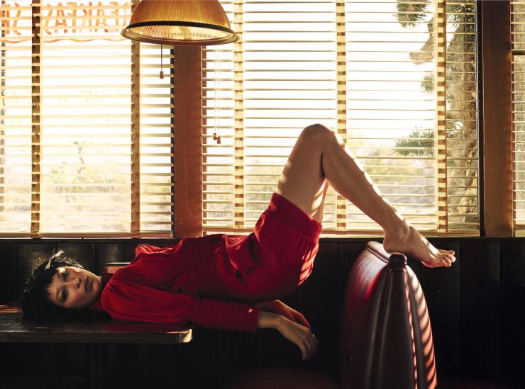 Bella Hadid by Sam Taylor-Johnson (9)