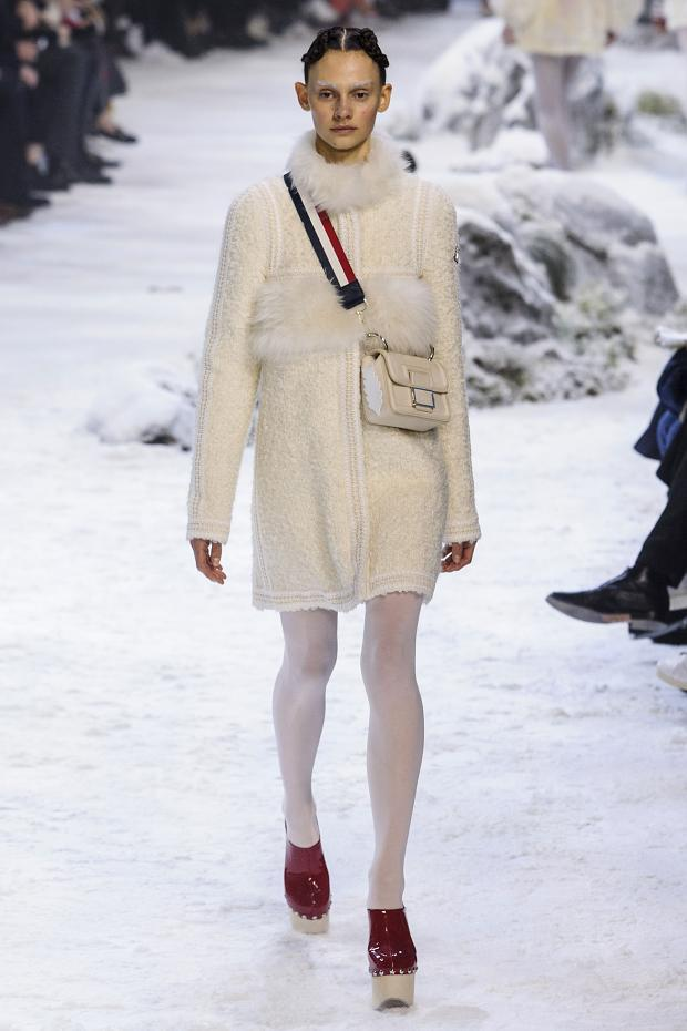 moncler-gamme-rouge-autumn-fall-winter-2016-pfw18