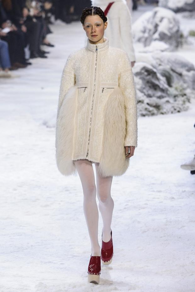 moncler-gamme-rouge-autumn-fall-winter-2016-pfw29