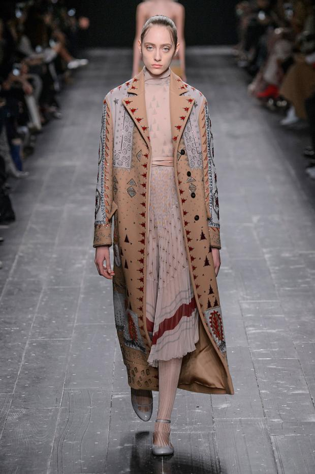 valentino-autumn-fall-winter-2016-pfw24