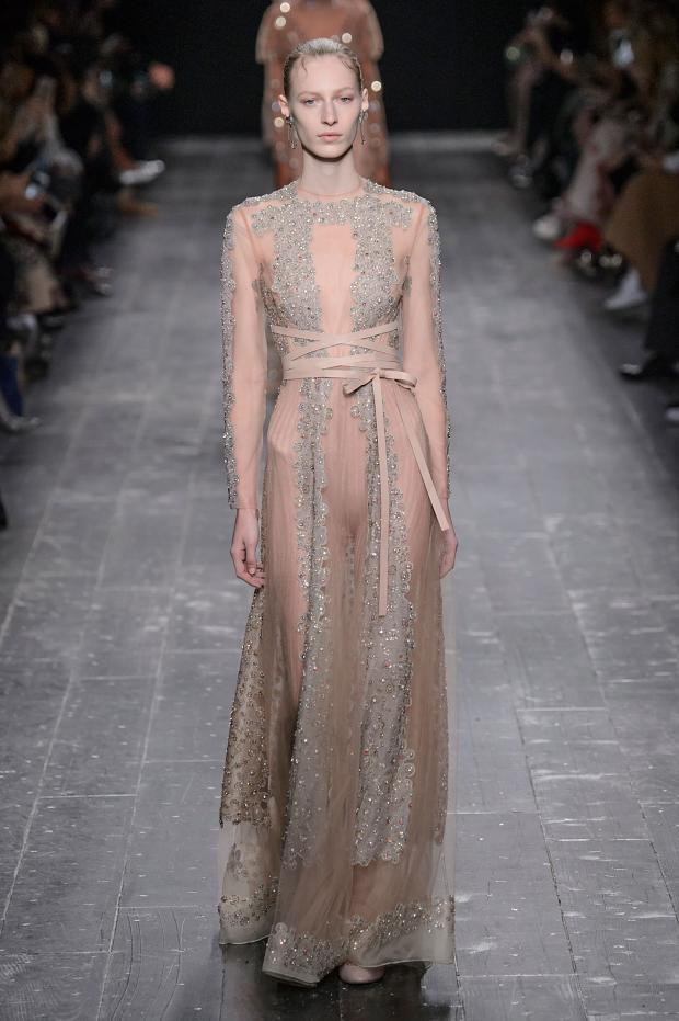 valentino-autumn-fall-winter-2016-pfw75